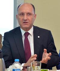 İSO Meclis Üyesi ve İstanbul Madeni Eşya Sanatkarları (İMES) Sanayi Sitesi Yönetim Kurulu Başkanı Kemal Akar