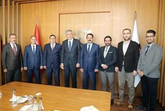 Bingöl Ticaret ve Sanayi Odası Heyeti İSO Başkanı Erdal Bahçıvan'ı Ziyaret Etti