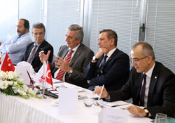 Bursa Ticaret ve Sanayi Odası Yönetimi, İstanbul Sanayi Odası'nda 01