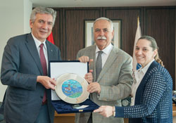 İSO Meclisi ve Meslek Komitesi Üyeleri Çanakkale'yi Ziyaret Etti 02