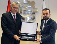 Ev ve Mutfak Eşyaları Sanayicileri İSO Başkanı Bahçıvan'ı Ziyaret Etti