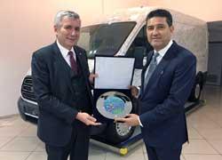 İstanbul Sanayi Odası Yönetimi Ford'un Gölcük Fabrikasını Ziyaret Etti 01