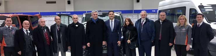 İstanbul Sanayi Odası Yönetimi Ford'un Gölcük Fabrikasını Ziyaret Etti 03
