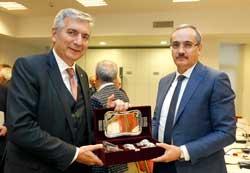İSO Başkanı Erdal Bahçıvan, Gümrük ve Ticaret Bakanlığı Müsteşarı Cenap Aşcı