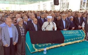 Kurucumuz, Sanayimizin Ulu Çınarı Dr. Hacı İbrahim Bodur'u Ebediyete Uğurladık 02