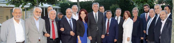 İSO Meclis Üyeleri, Sultan Tepe ve Aynur Ayhan'ın İftarında Buluştu 01