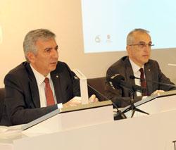 İSO Başkanı Erdal Bahçıvan , İSO Başkan Yardımıcısı İrfan Özhamaratlı