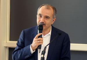 Çalışma ve Sosyal Güvenlik ve Milli Eğitim Eski Bakanı Ömer Dinçer