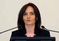İSOV Genel Sekreteri Aynur Ayhan