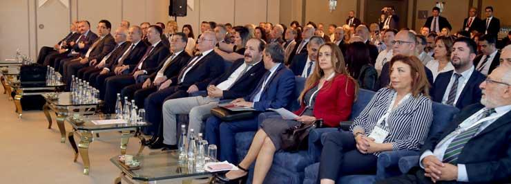 """Türkiye Bilişim Derneği, """"1. İstanbul KOBİ'ler ve Bilişim Kongresi""""ni Yaptı 01"""