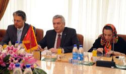"""Bakan Mahmoud Vaezi ile Görüşmeden """"İSO'da İran Masası"""" Fikri Ortaya Çıktı 01"""