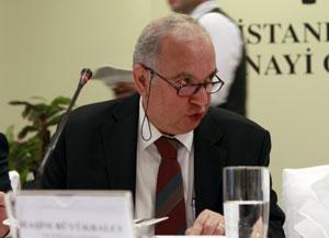 Maliye Bakanlığı'nın Üst Düzey Bürokratları İstanbullu Sanayicilerin Sorunlarını Dinledi 04