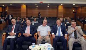 İSO Meclisi'nde, İklim Değişikliğinin Ekonomiye ve Sanayiye Etkisi Konuşuldu 05