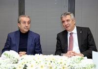 AK Parti Ekonomi İşleri Başkanı Mehdi Eker İstanbul Sanayi Odası'nı Ziyaret Etti