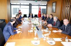 İSO Yönetimi, Maliye Bakanı Naci Ağbal'ı Odakule'de Misafir Etti
