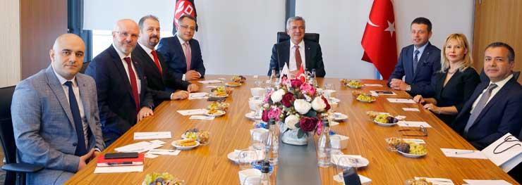 PLAT Derneği Yönetimi, İSO Başkanı Bahçıvan'a Nezaket Ziyaretinde Bulundu