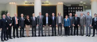 İSO Yönetim Kurulu Üyelerinden Sakarya TSO'ya Nezaket Ziyareti 03