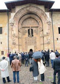 Divriği'nin 800 Yıllık Ulu Camisi Tarihe Meydan Okuyor 03