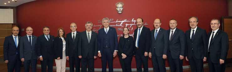 Erdal Bahçıvan, Sanayicilerin Rekor Katılım ve Desteğiyle İkinci Kez İSO Yönetim Kurulu Başkanı Seçildi 01