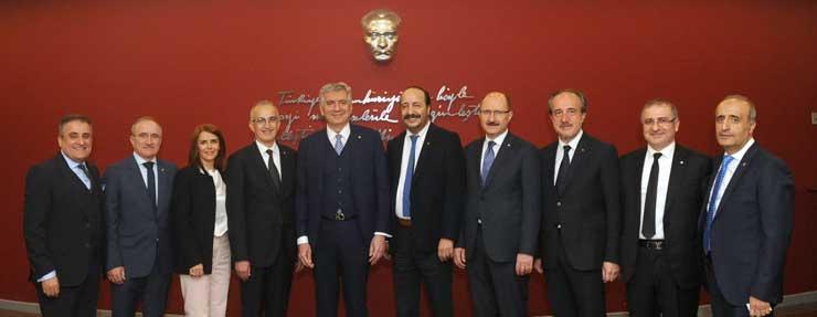 Erdal Bahçıvan, Sanayicilerin Rekor Katılım ve Desteğiyle İkinci Kez İSO Yönetim Kurulu Başkanı Seçildi 03