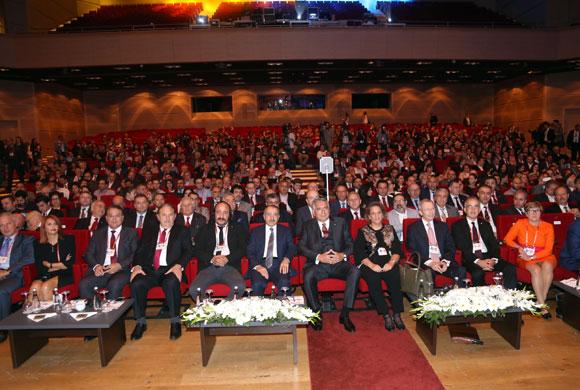 13. Sanayi Kongresi İSO Başkanı Erdal Bahçıvan'ın Konuşmasıyla Başladı