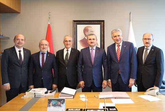 AK Parti İstanbul İl Başkanı Şenocak İstanbul Sanayi Odası Yönetimi'ni Ziyaret Etti