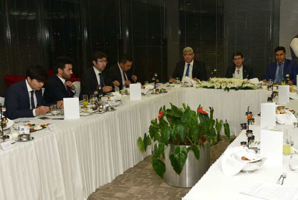 Istanbul Chamber of Industry Hosts Trade Mission Representatives at Iftar Dinner