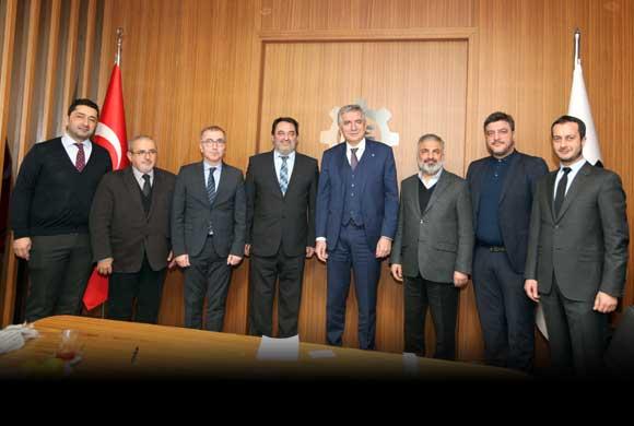 Ayakkabı Yan Sanayicileri Derneği Yönetimi İSO Başkanı Erdal Bahçıvan'ı Ziyaret Etti
