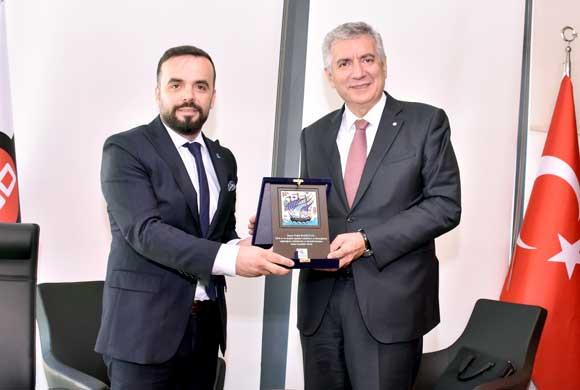 EVSİD Yönetimi, İSO Başkanı Erdal Bahçıvan'ı Ziyaret Etti
