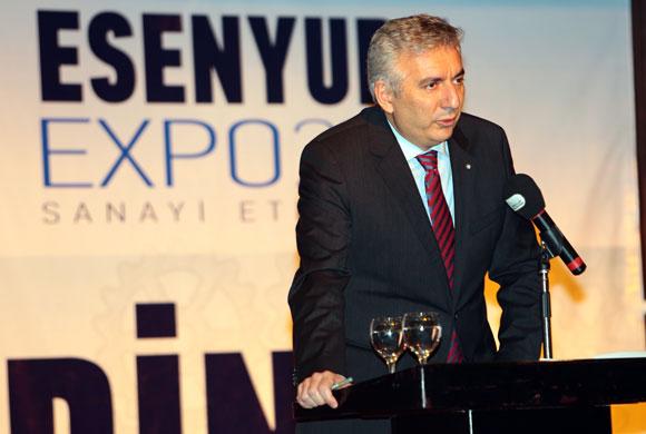 """İSO Başkanı Esenyurt Expo 2015'te Konuştu: """"Büyüme Hedefi, Sanayisiz Gerçekleşemez"""""""