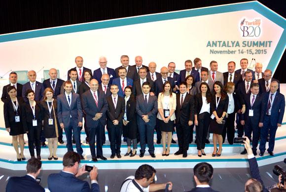 Türkiye'nin Dönem Başkanlığındaki G20 Zirvesi Antalya'da Başladı