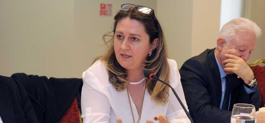Kauçuk Sektörü Gelir İdaresi Başkanlığı Yetkililerine Sorunlarını Aktardı