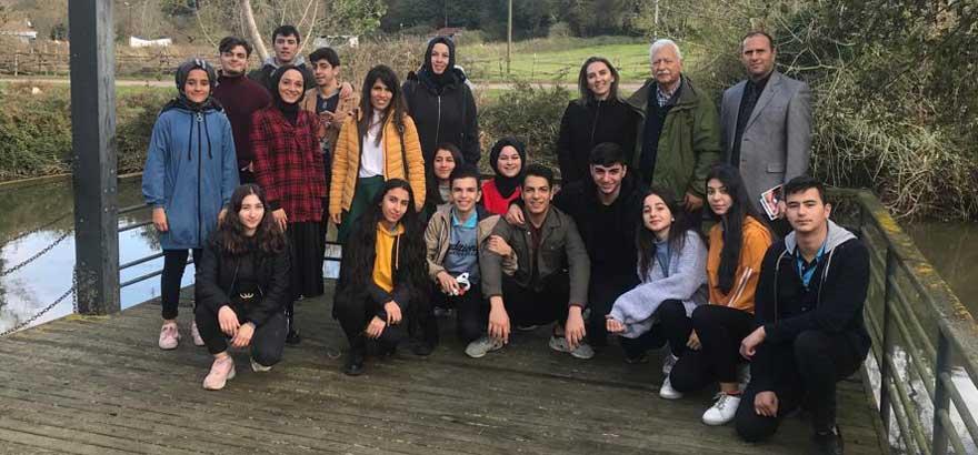 İSO Mesleki Eğitim Protokolü kapsamında Nuh Kuşçulu Seramik ve Cam Teknolojisi MTAL'da Öğretmen ve Öğrencilerle Cam Ocağı ve Müzesi Ziyareti