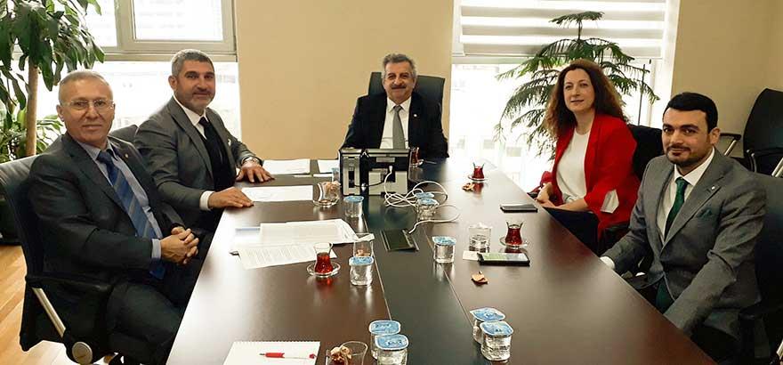 24-25. Grup Meslek Komitesi Üyeleri, Mobilya Sanayinin İstanbul'daki Yerleşimleri Hakkında İlgili Bakanlıklarla Görüştü