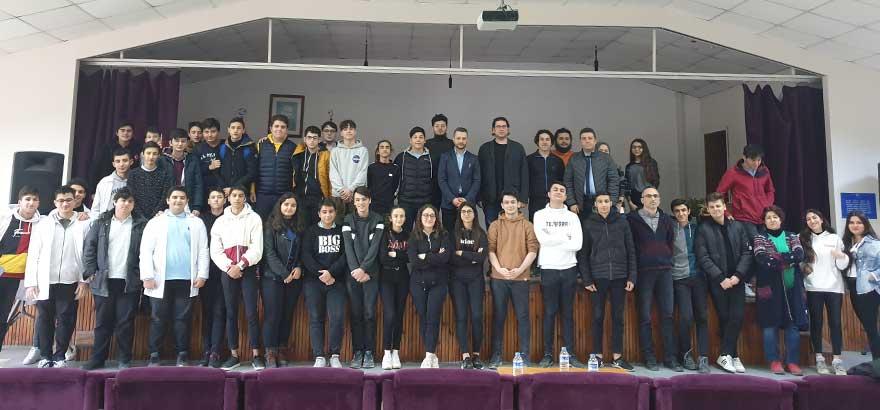 İSO Mesleki Eğitim Projesi Kapsamında Mehmet Rıfat Evyap MTAL'de Teknoloji ve İnovasyon Danışmanı Ergi Şener Tarafından Dijital Dönüşüm ve Teknoloji Trendleri Semineri Verildi