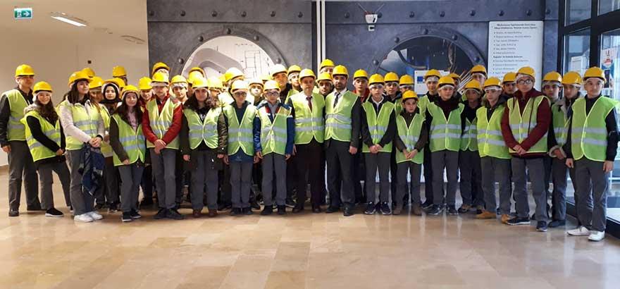 Alkop MTAL Öğretmenleri ve Öğrencileri İle Birlikte Metal Yapı Holding İmalat Tesisi Ziyaret Edildi