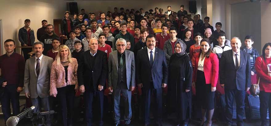 İSO Mesleki Eğitim Projesi Kapsamında Protokol Yürütme Kurulu Üyeleri Sander MTAL'de Öğrencilerle Bir Araya Geldi