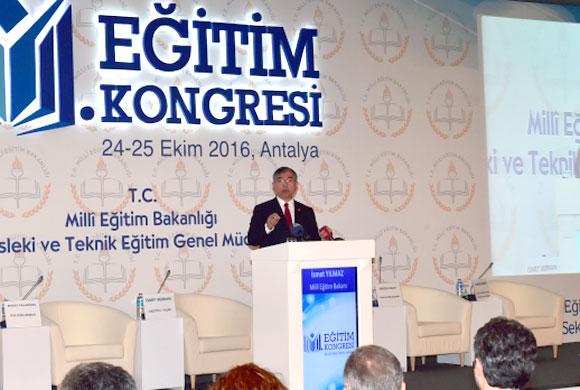 2. Eğitim Kongresi'nde Mesleki Eğitim İle Üretici Sektörlerin İlişkisi Konuşuldu