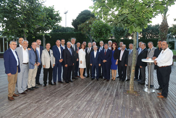 İSO Meclis Üyeleri, Sultan Tepe ve Aynur Ayhan'ın İftarında Buluştu