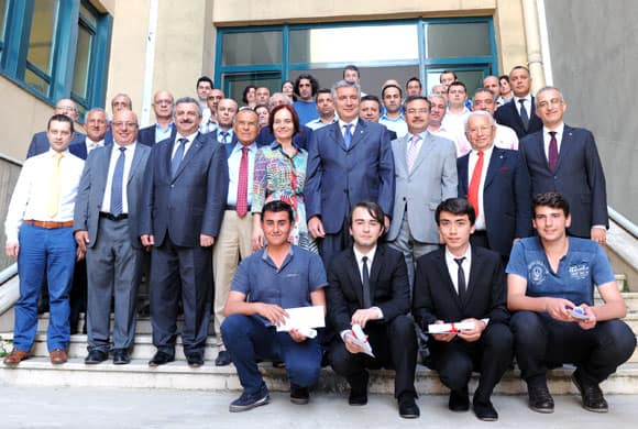 İSOV Dinçkök Mesleki ve Teknik Anadolu Lisesi, Elektrik Pano Laboratuvarına Kavuştu