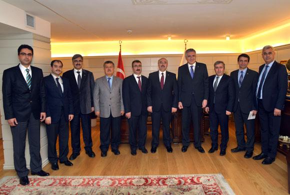 İSO Başkanı Bahçıvan'dan, İÜ Rektörü Prof. Dr. Mahmut Ak'a nezaket ziyareti