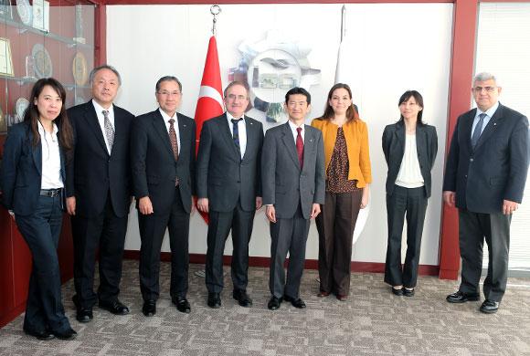 Japon Heyet İstanbul Sanayi Odası'nda Ticari İş Birliği Temaslarında Bulundu