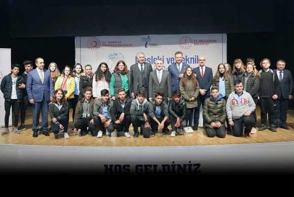 """İSO Başkanı Bahçıvan, Kırklareli'de """"Mesleki ve Teknik Eğitimin Geliştirilmesi"""" Etkinliğine Katıldı"""