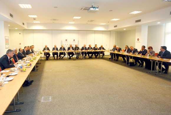 İSO Yönetim Kurulu, Meclis Çalışma Grupları ile Değerlendirme Toplantısı Yaptı