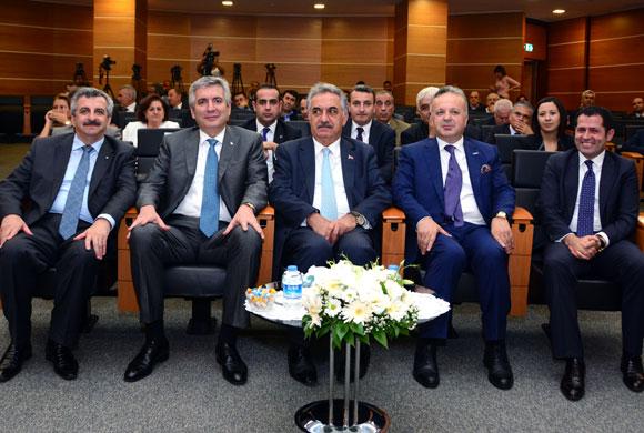 """İSO Başkanı Bahçıvan: """"Gümrüklerde Firmalara Güvene Dayalı Pastperformans Uygulanmalı"""""""