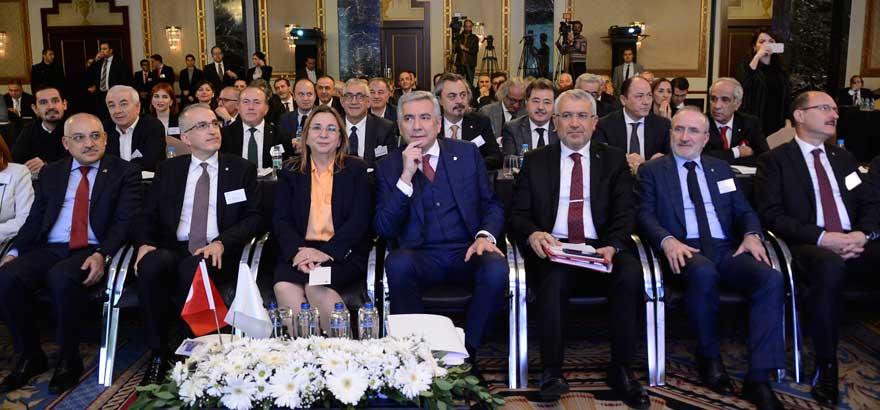 Yeni Çalışma Döneminin İlk MESKOM Toplantısı Ticaret Bakanı Ruhsar Pekcan'ın Katılımıyla Yapıldı