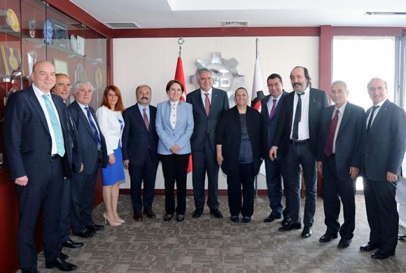 İSO Meclis Divanı ve Yönetim Kurulu Üyeleri, MHP Yönetimiyle Bir Araya Geldi
