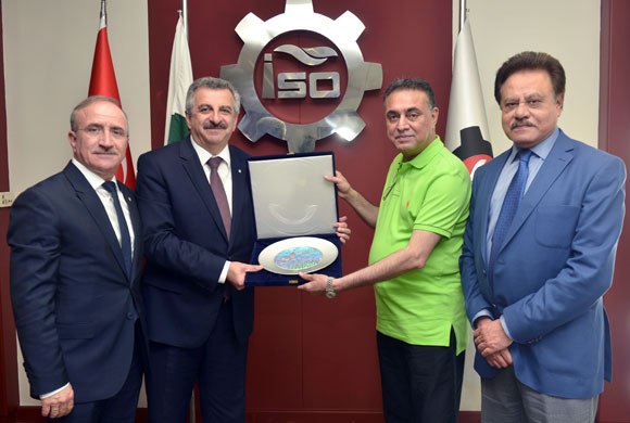 Pakistani Parliamentary Delegation Visits Istanbul Chamber of Industry