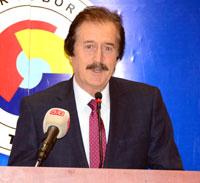 Sivas Cumhuriyet Üniversitesi Rektörü Faruk Kocacık