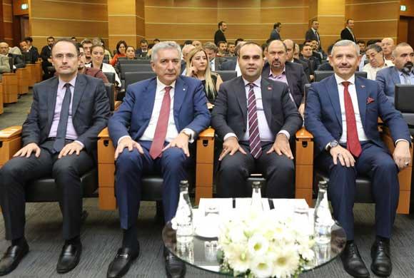 Teknoloji Odaklı Sanayi Hamlesi Bilgilendirme Toplantısı İSO'da Yapıldı